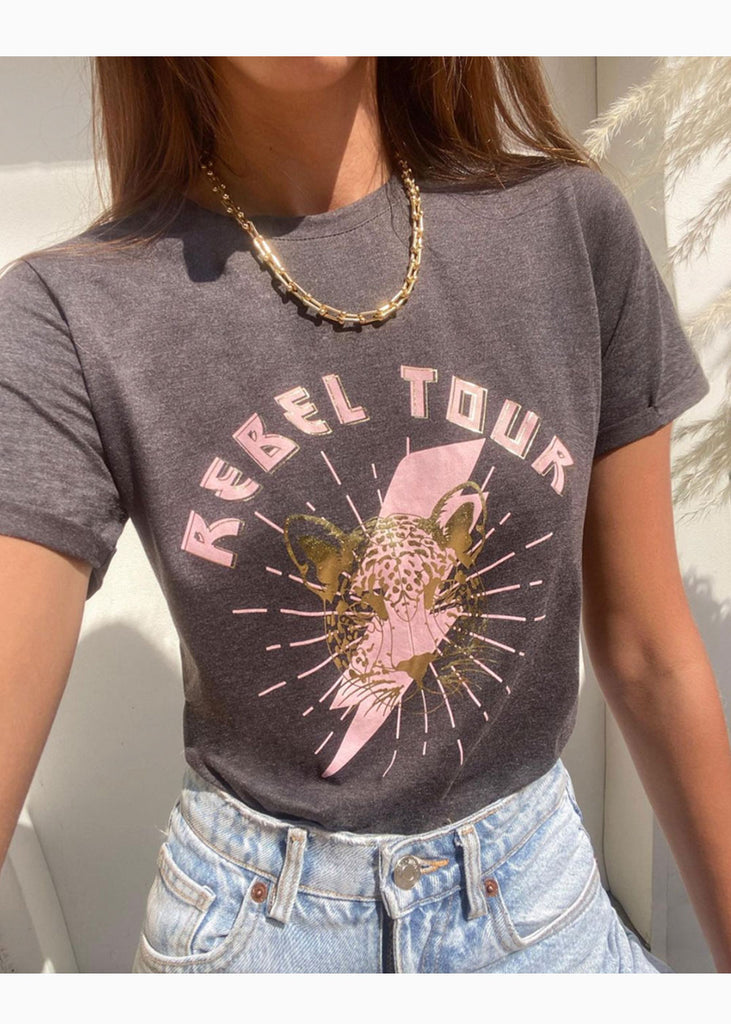 "Camiseta estampada ""rebel tour"" - EVELYN"