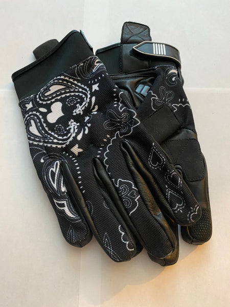 Black & White Bandanna Print Riding Gloves