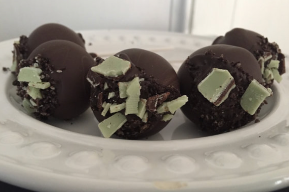 Chocolate Chocolate Mint Cake Pops