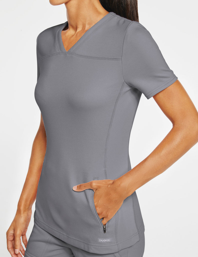 Jaanuu | Women's 2-Pocket Side-Rib Top - Gray - 3