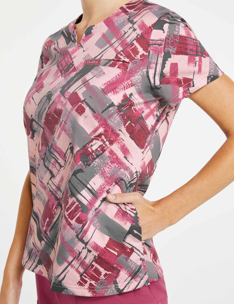 Jaanuu | Women's 3-Pocket Printed Notched Top - Berry Tiles - 3