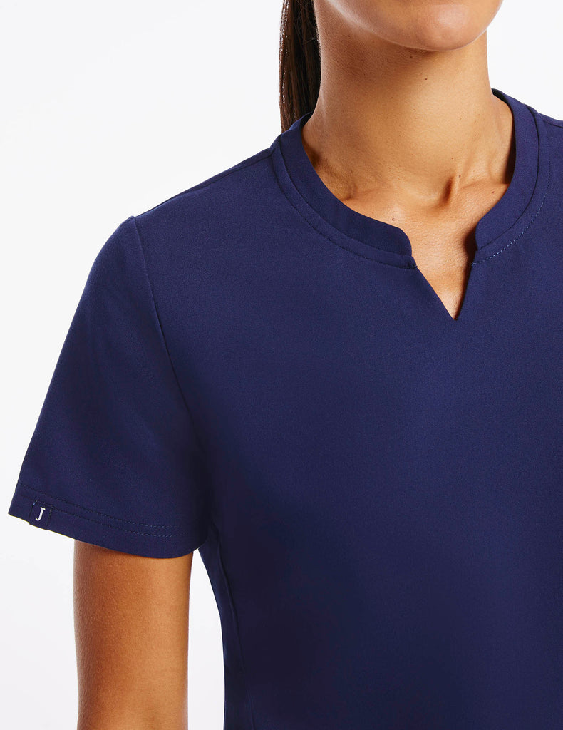 Jaanuu | Women's Crew Step Hem Top - Navy - 5