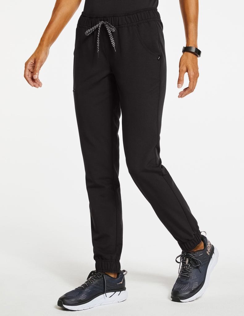 Jaanuu | Women's Essential 5-Pocket Jogger - Black - 1