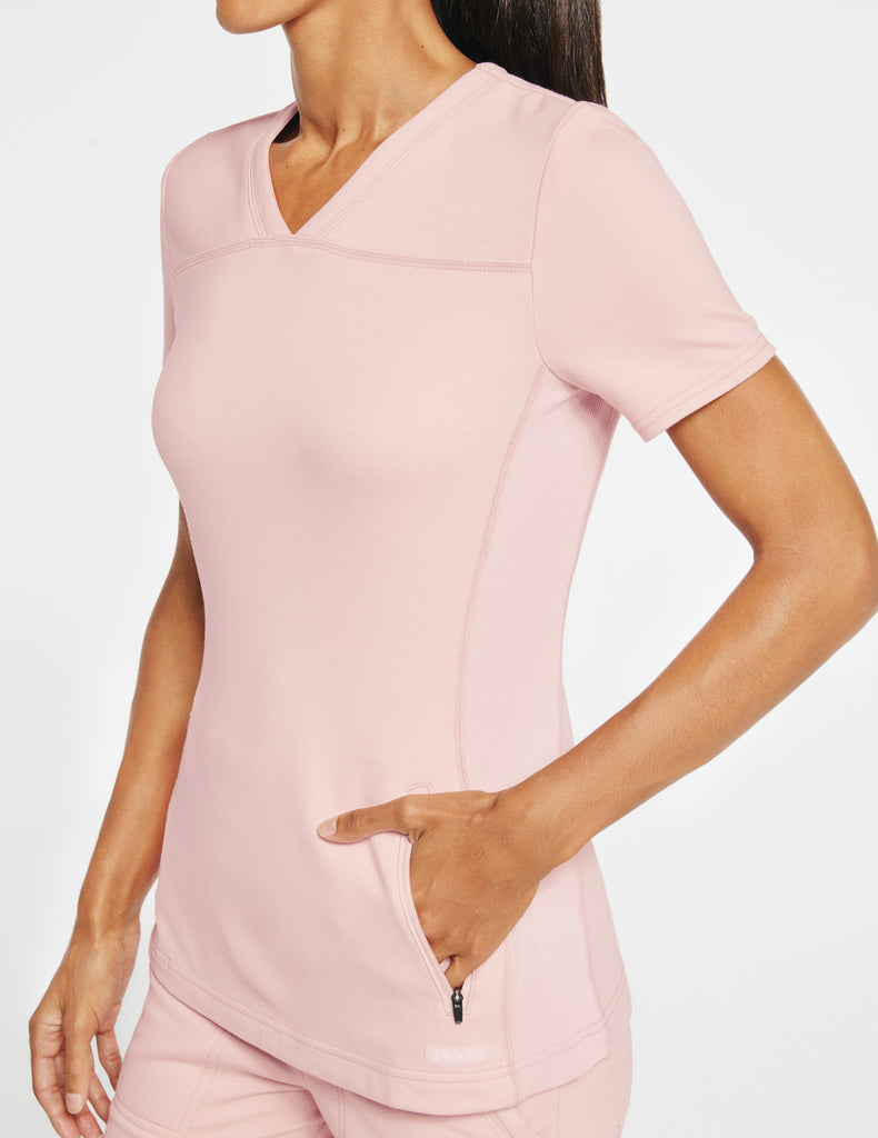 Jaanuu | Women's 2-Pocket Side-Rib Top - Blushing Pink - 3