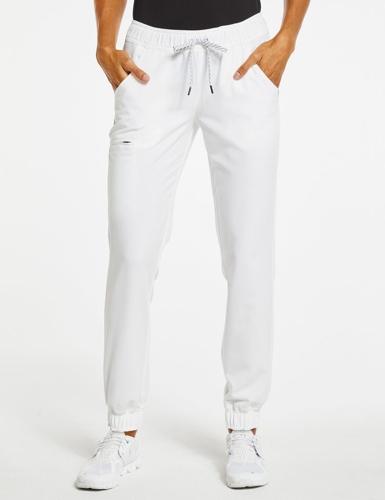Jaanuu | Women's Essential 5-Pocket Jogger - White - 1