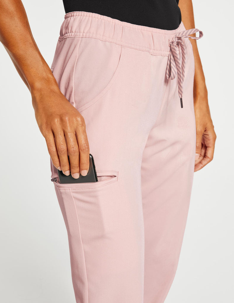 Jaanuu | Women's Essential 5-Pocket Jogger - Blushing Pink - 5