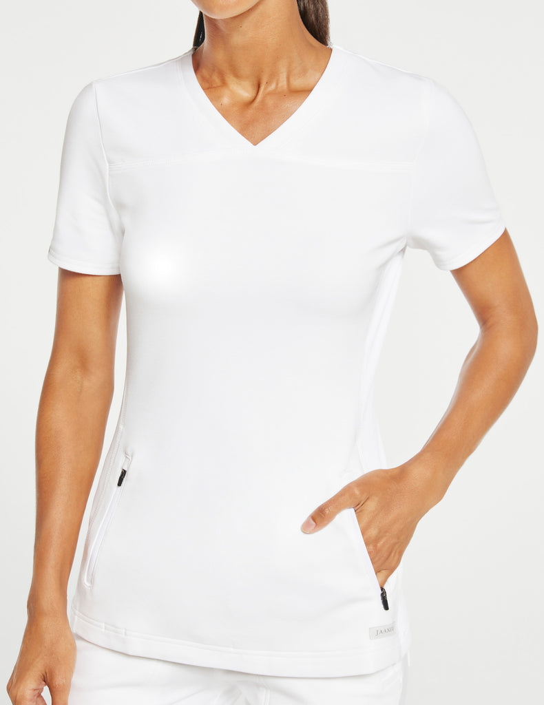Jaanuu | Women's 2-Pocket Side-Rib Top - White - 3