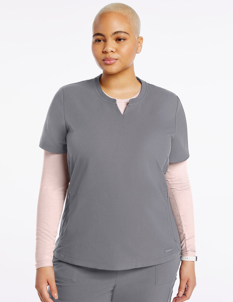 Jaanuu | Women's Crew Step Hem Top - Gray - 1 - Curve