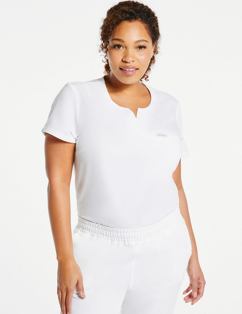 Jaanuu | Women's 1-Pocket Tuck-In Top - White - 1 - Curve