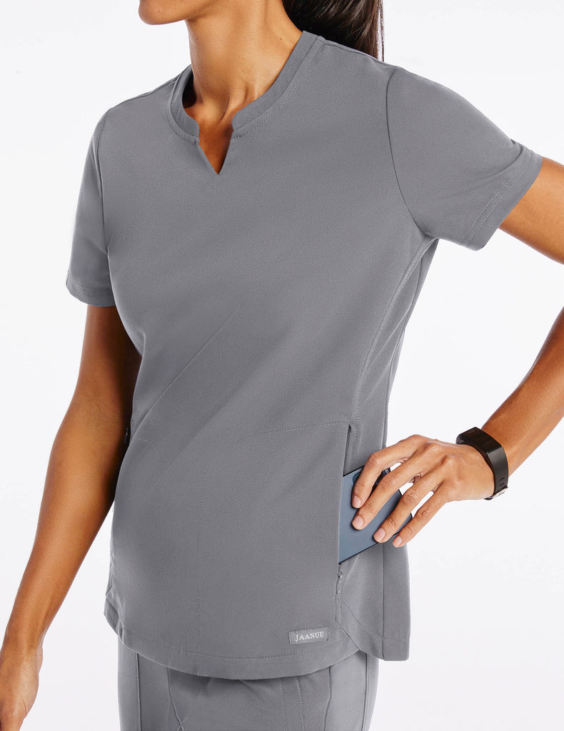 Jaanuu | Women's Crew Step Hem Top - Gray - 3