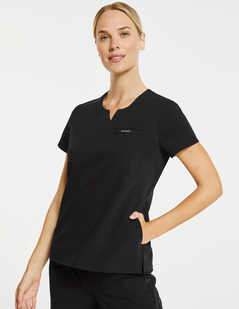 Jaanuu | Women's 3-Pocket Notched Top - Black - 1