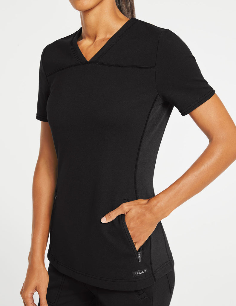 Jaanuu | Women's 2-Pocket Side-Rib Top - Black - 3