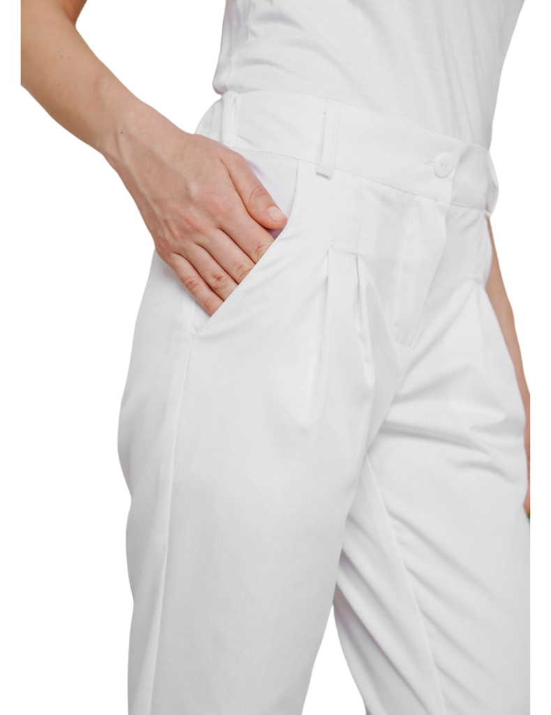 Treat in Style | Cropped Pants - White