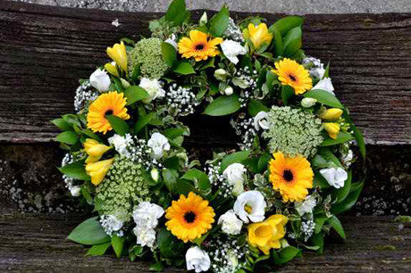 Haddon - traditional funeral wreath