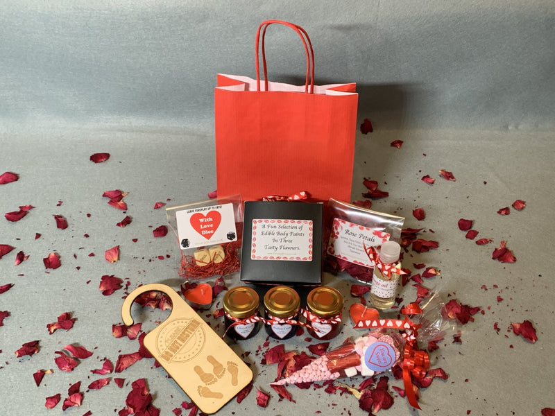 Valentines Special Gift Pack 18+