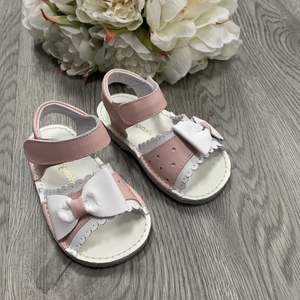 Pretty Originals Pink/White Bow Sandals