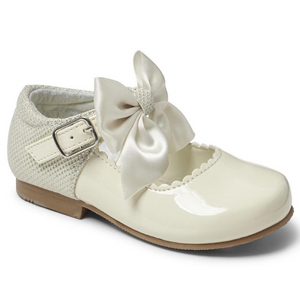 Mary Jane's With Satin Bow - Cream