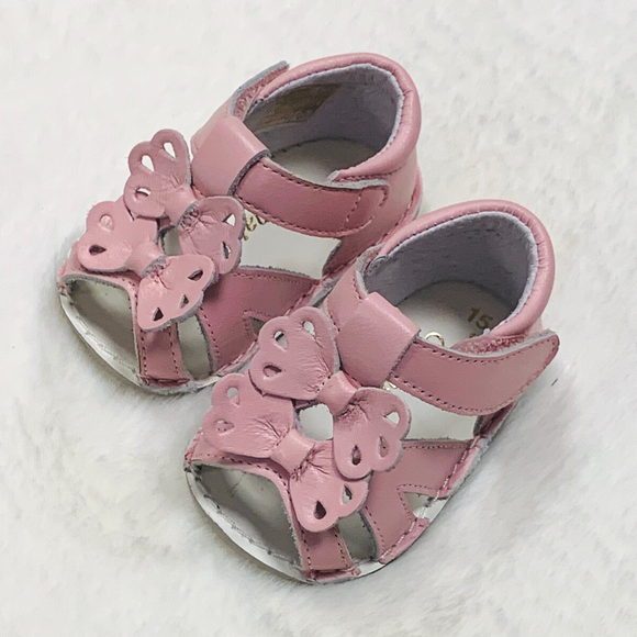 Pretty Originals Pink Bow Sandals