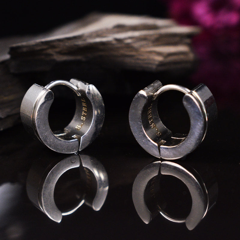 Huggies Earrings in Steel, Devo