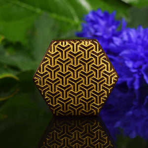 Tamarind Plug with Interlocking Geometric Design