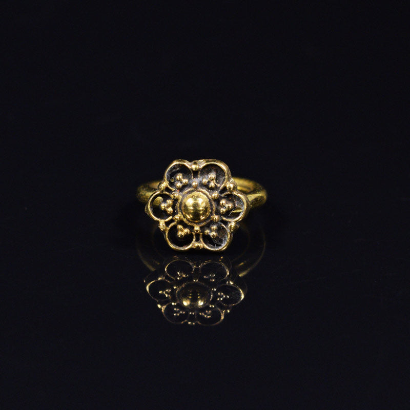 Brass Twist Ring Dahita