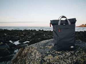 ROKA Sustainable Rucksack Ash Black