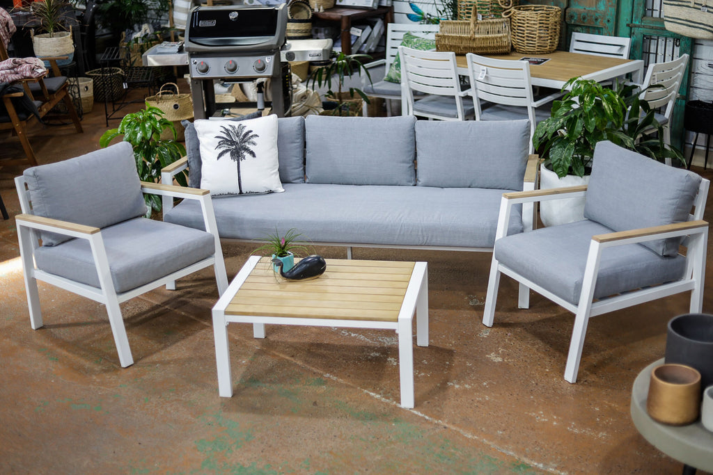 MAYFAIR ALUMINIUM & WOOD LOUNGE SET 4PCE