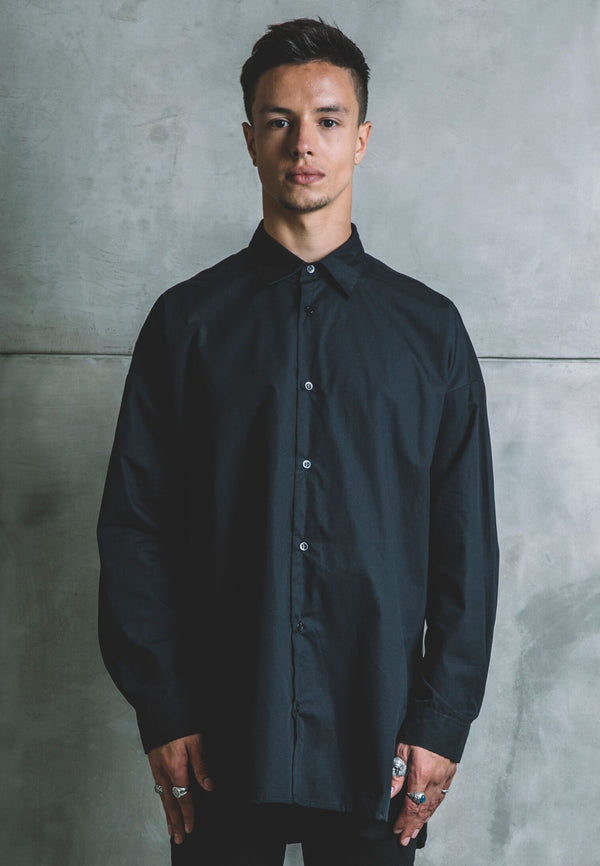 UNDERCOAT Oversized Black Shirt