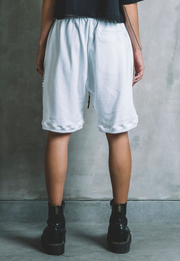 UNDERCOAT Skater Fit White Shorts