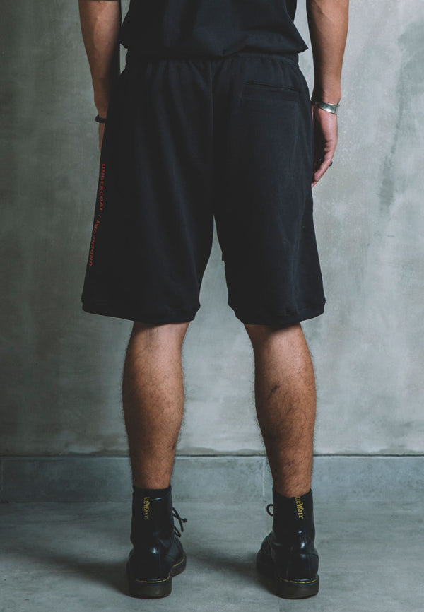 UNDERCOAT Skater Fit Black Shorts