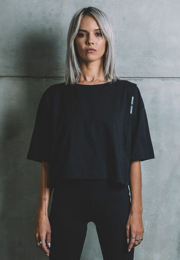 UNDERCOAT Darted Oversized Black T-Shirt