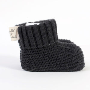 PURE black knitted %100 cotton booties