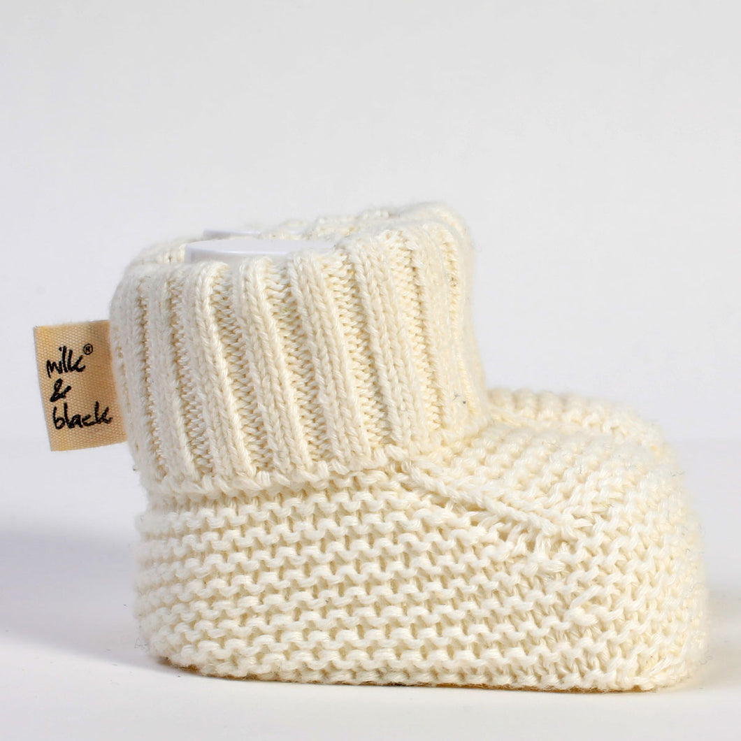 PURE white knitted %100 cotton booties