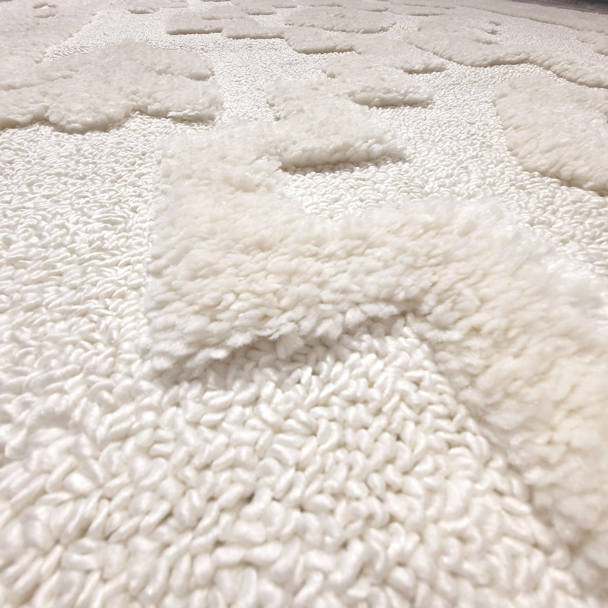 Atlas Rug 11 Cream Runner - Fringes 2