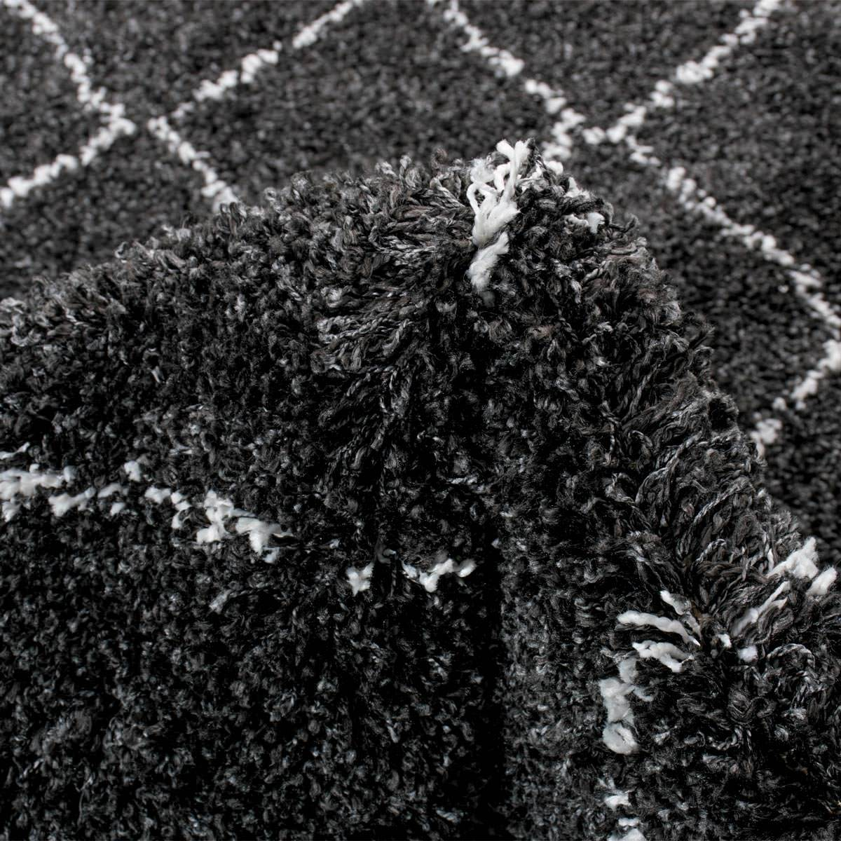 Casablanka Rug 04 Black/White 3