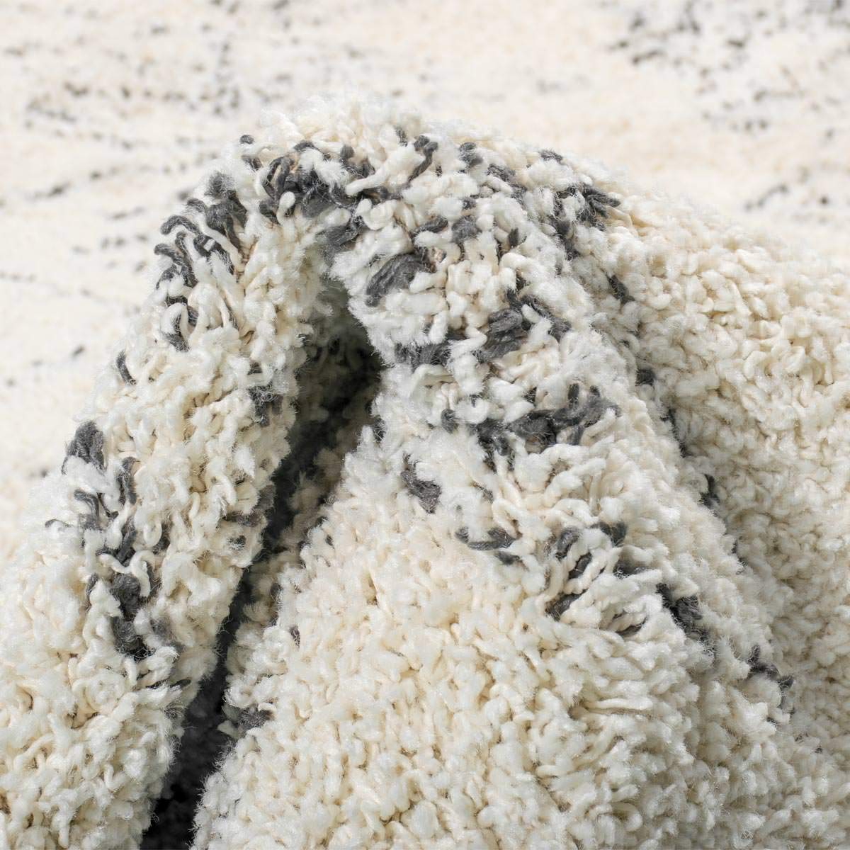 Shaggy Marrakech Rug 01 Cream/Black Runner 2
