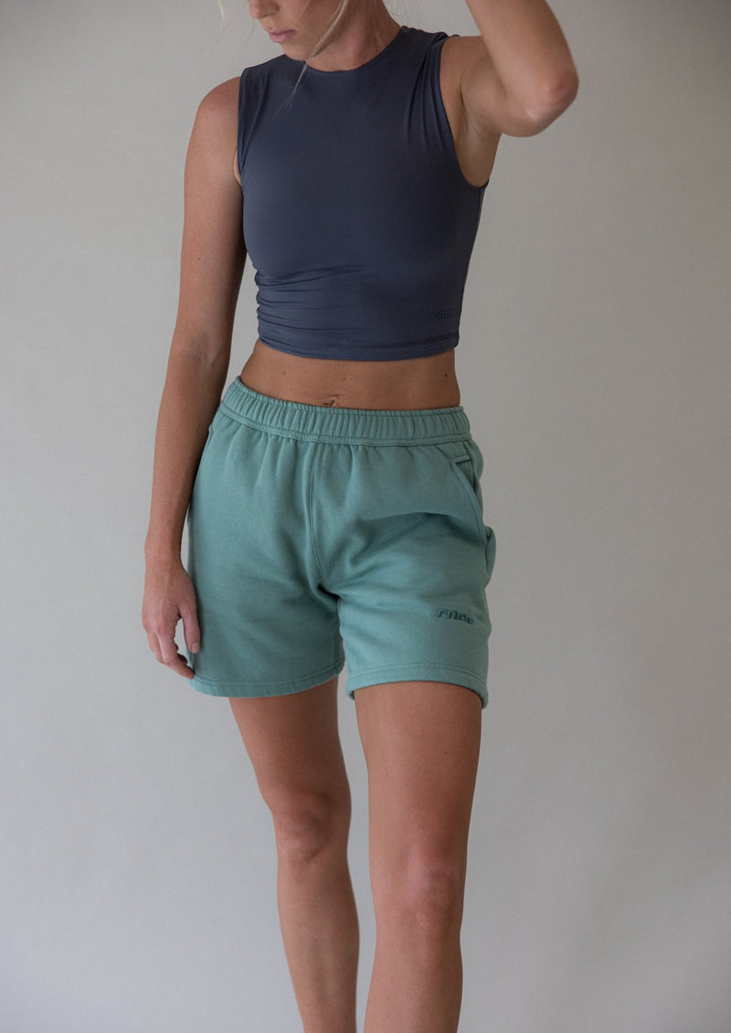 THE SWEAT SHORT IN GREEN