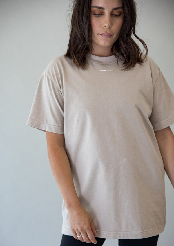 THE WOMEN TEE - OAT