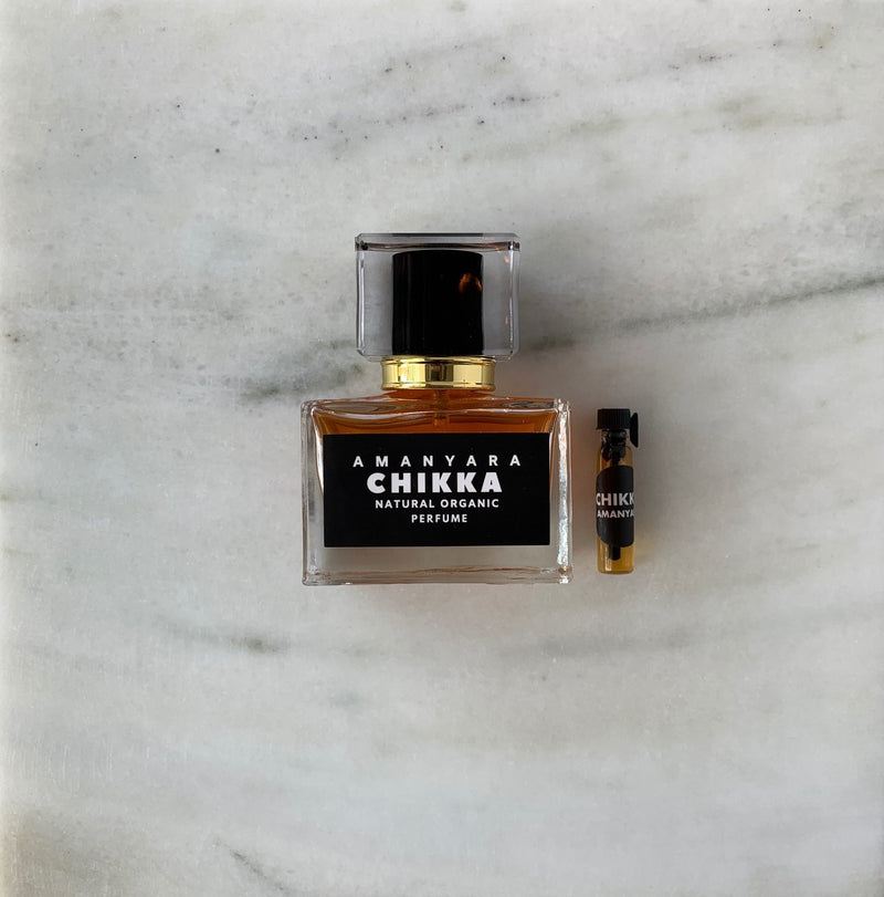 CHIKKA NATURAL ORGANIC PERFUME 30 ML - Amanyara Natural Perfume