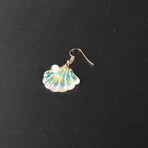 Large Scallop with Pearl Shape Holiday Earrings