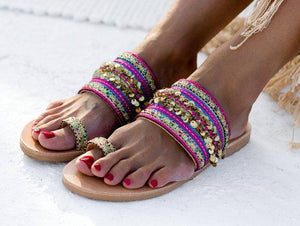 Summer casual flat set toe wearing sandals and slippers
