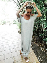 Load image into Gallery viewer, Solid Color Side Split Loose Maxi Dress