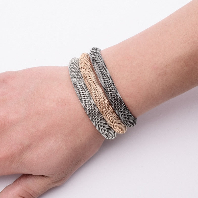 Elektra's Embrace Magnetic Clasp Bracelet - 3 Strand Mesh Tube - A beautiful bracelet made up of multiple metal stands connected by a strong magnetic clasp.