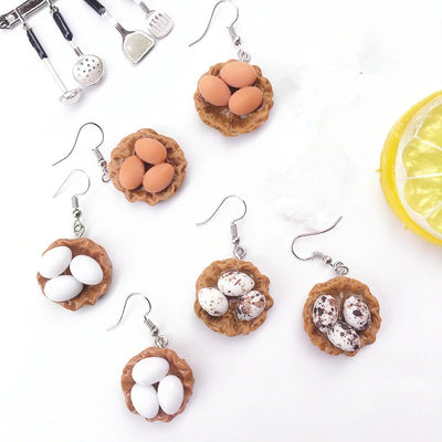Teenytopia Bitty Birdnest Earrings - An adorable pair earrings shaped like teeny tiny bird nests. Cute!