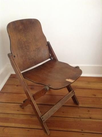 Plywood folding chairs were used by US Navy during WW2
