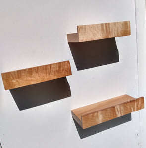 SHELFIE: Maple magnetic shelf ledge with lip edge for metal walls & surfaces, floating, wall, display shelves or pictures. Great spice rack