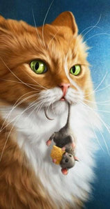 Cat with Mouse in its Mouth Diamond Painting