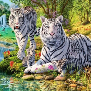 White Tigers & Cubs Diamond Painting