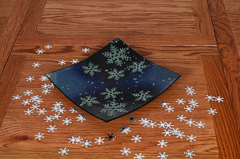 Flame Homeware Blue Snowflake Plate