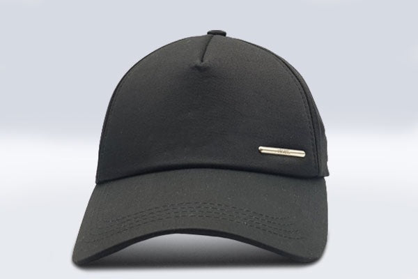 Plain black Foxerz cap frontal view